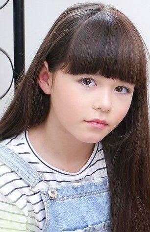 イソップモデル画像:カミラ ツシマ
